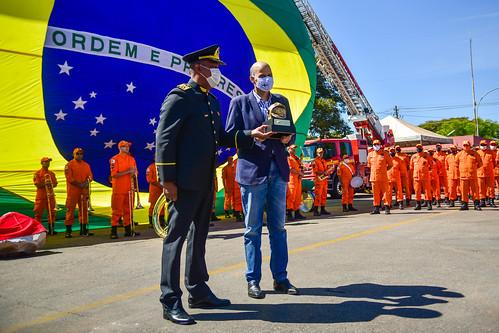 Assinatura da Ordem de Serviço para construção do 8º Grupamento de Bombeiro Militar - GBM em Ceilândia.