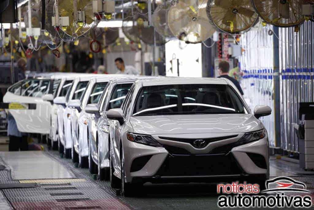 Pandemia de chips: VW, Ford, Stellantis e Toyota em lockdown