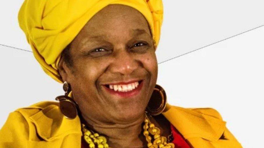 A psicóloga e secretária executiva do Conselho do Povo de Terreiro do Estado do Rio Grande do Sul Ìyá Sandrali de Campos Bueno