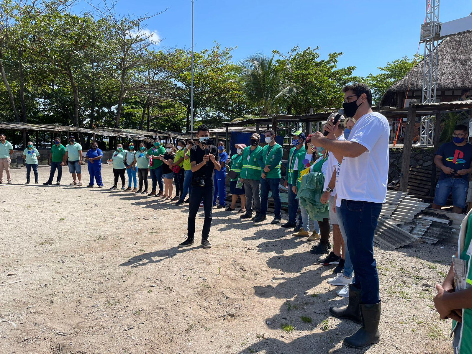 Mais de 100 pessoas participaram da ação de limpeza da Lagoa. Foto: Ascom Sudes