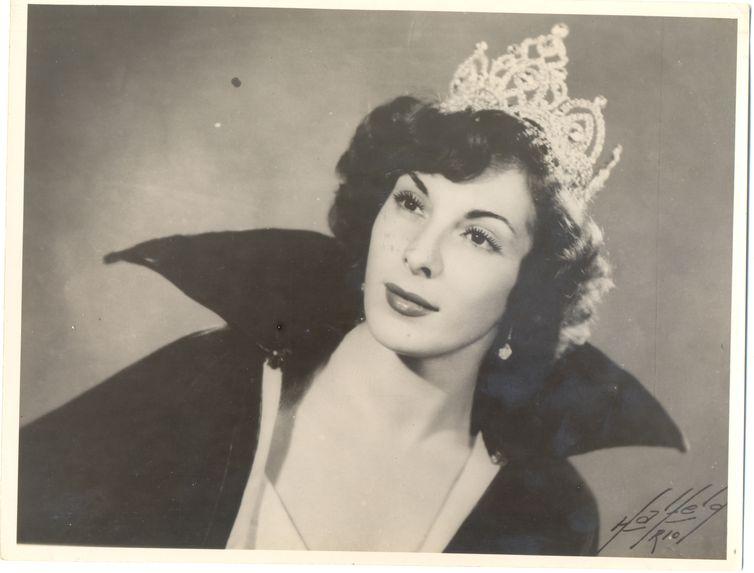 Cantora Marlene.