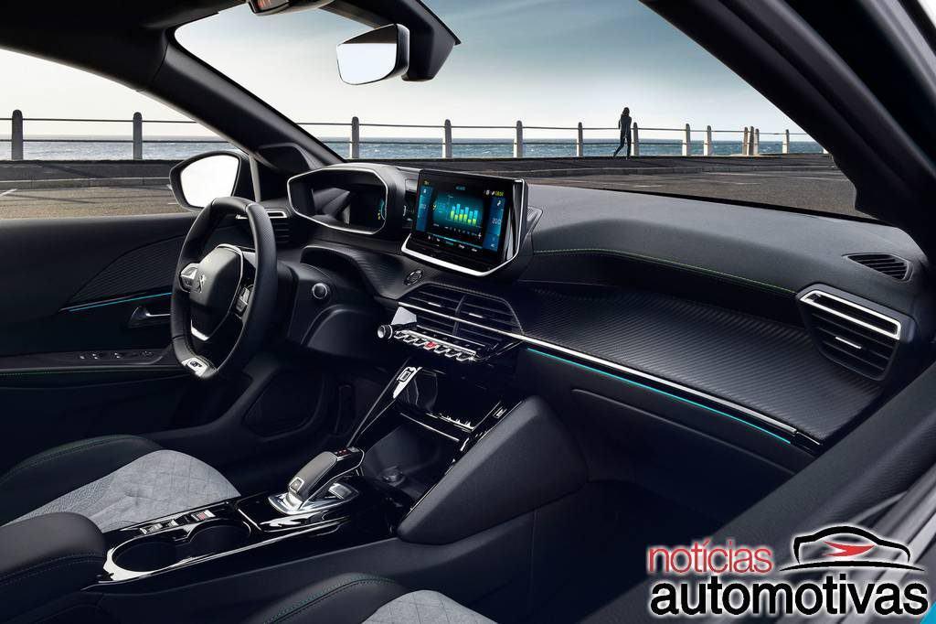 Peugeot e-208 GT chega ao mercado nacional por R$ 244.990