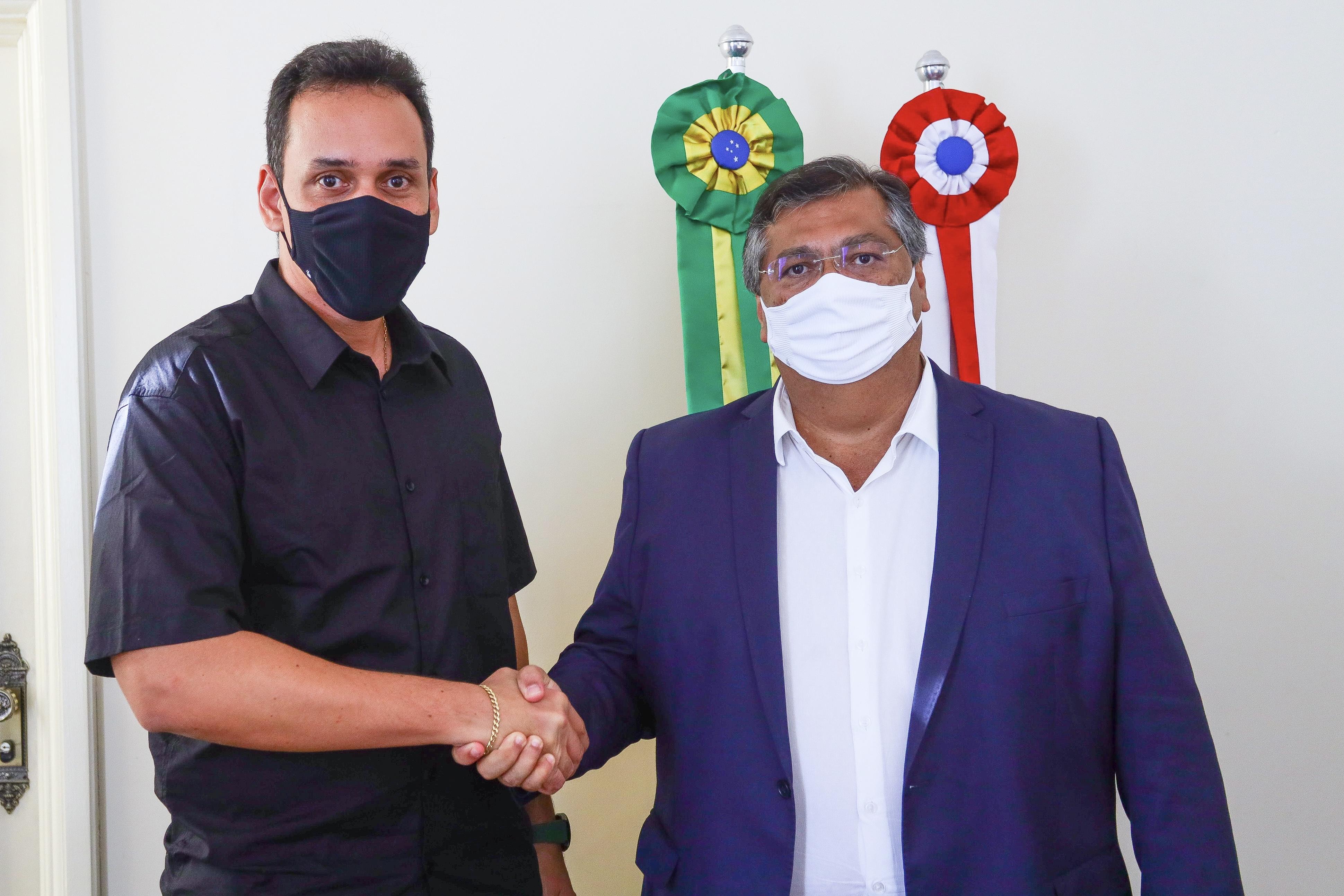 Governador Flávio Dino recebeu o prefeito de Poção de Pedras no Palácio dos Leões (Foto: Gilson Teixeira)