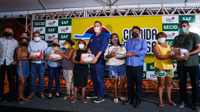 Distribuição de cestas básicas no Residencial Jackson Lago, em São Luís (Foto: Divulgação)