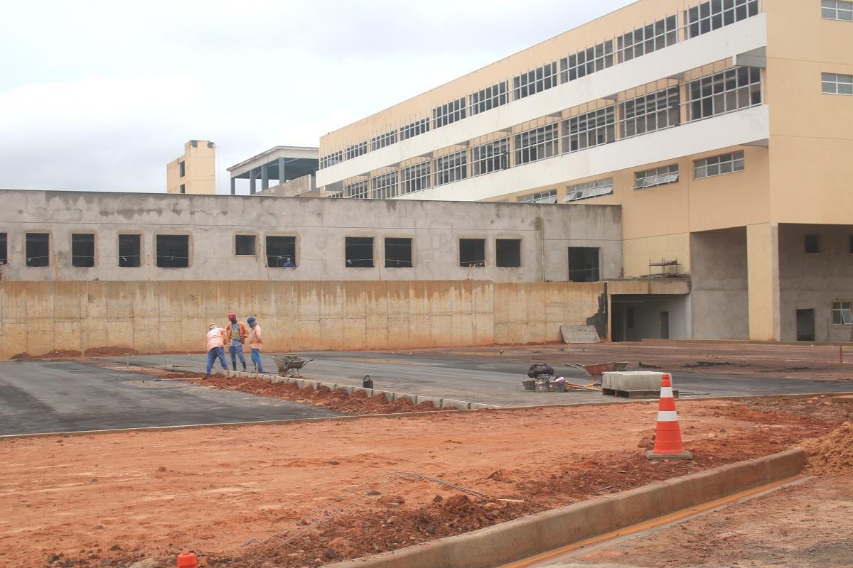 Hospital está em fase conclusiva da primeira etapa (Foto: Gilson Teixeira)