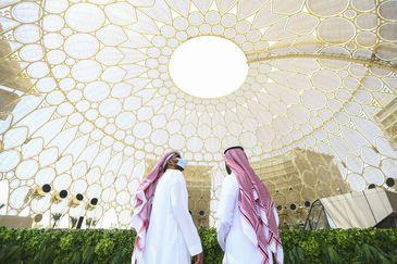Expo Dubai 2020 é aberta com pavilhões de mais de 190 países.