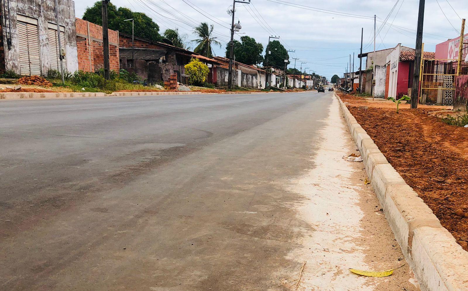 Obras de pavimentação da Av. Dois, no Residencial Pirâmide (Foto: Divulgação)